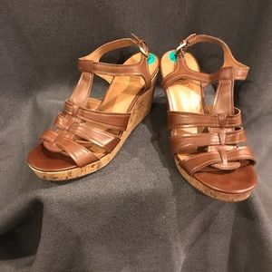 Sandal wedges size 8